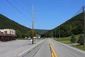 Pennsylvania Route 225 - PA 225 at the Dornsife Gap
