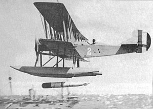 Dummy Mark 7 Type D torpedo being dropped from a Curtis R-6L, ca 1919.jpg