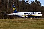 EI-DYJ 737 Ryanair SCQ.jpg