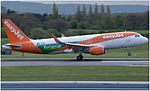 EasyJet Airbus A320-214 (G-EZPC) at Manchester Airport (3).jpg