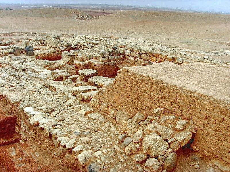 Archaeologist: Royal Palace of Ebla, Living Archive of Syria 800px-Ebla7