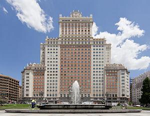 Edificio España - Edificio España seen from Plaza de España