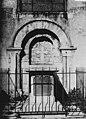 Eglise - Portail condamné et monument funéraire - Wimille - Médiathèque de l'architecture et du patrimoine - APMH00029271.jpg