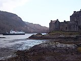 Eilean Donan and Hebridean Princess - geograph.org.uk - 369068.jpg