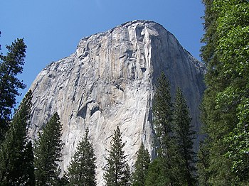 English: El Capitan in the Yosemite Valley.