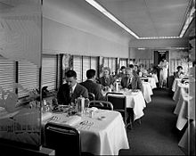 Photo du wagon restaurant de l'Empire Builder en 1951