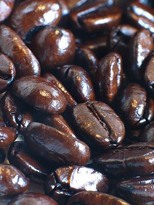Torrefacto coffee beans (roasted with sugar)