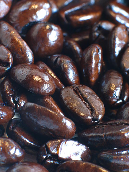 Şəkil:Espresso-roasted coffee beans.jpg