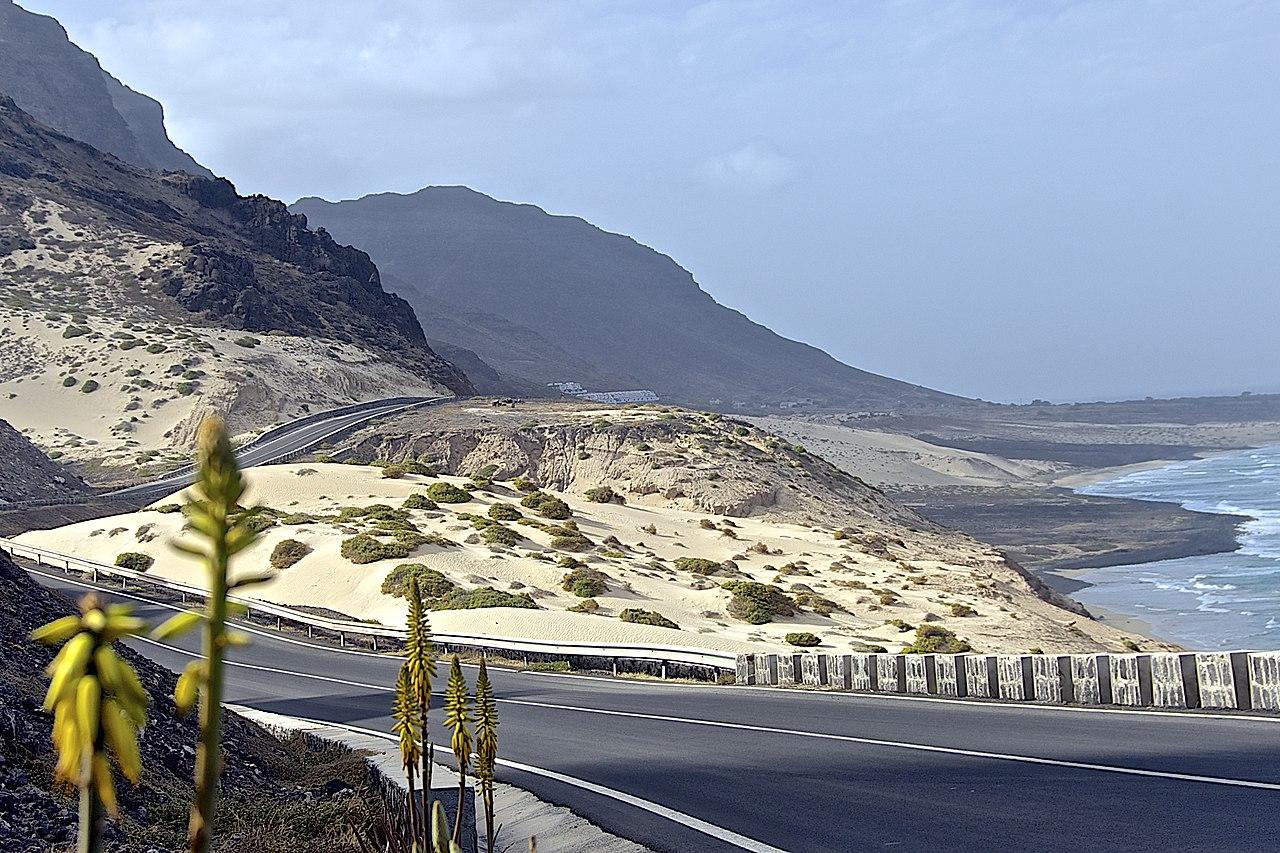 Pedesaan di Estrada Baía das Gatas