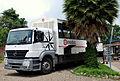 Exodus safari truck (8209005137).jpg