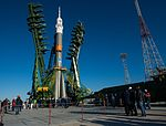 Expedition 49 Rollout (NHQ201610160034).jpg