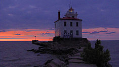 FairportBreakwallLighthouse.jpg