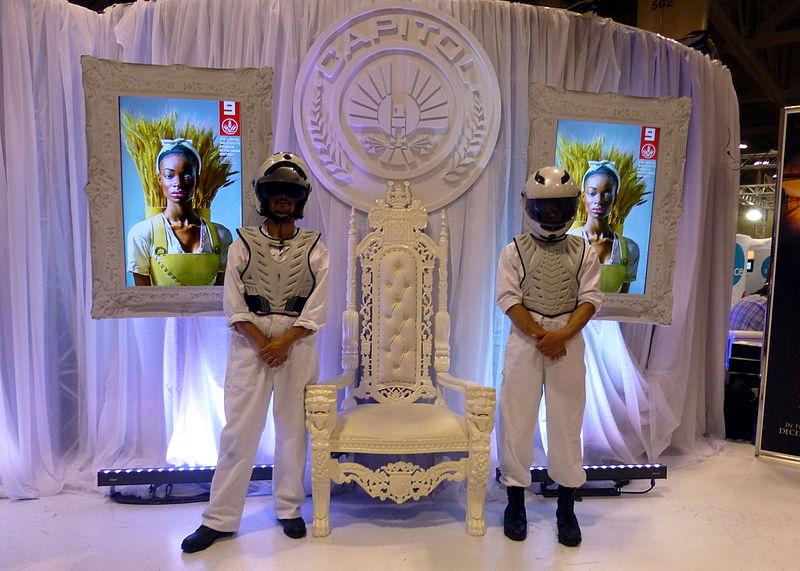File:Fan Expo 2014 - Hunger Games promotion (14951263789).jpg