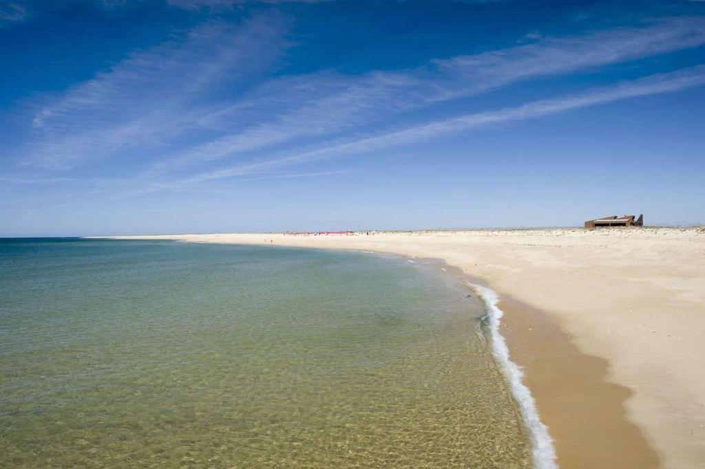 Faro algarve portugal ilha deserta
