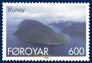 Kunoy - Stamp FR 352 of Postverk Føroya (issued: 25 May 1999; photo: Per á Hædd)