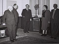 Flickr - Government Press Office (GPO) - Lighting of Hanukah candles after a cabinet meeting.jpg
