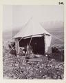 Fotografi från tältläger i Hauwar - Hallwylska museet - 104221.tif