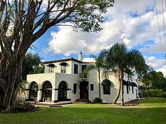 Addison Mizner - Image: Fred C. Aiken House Main Facade