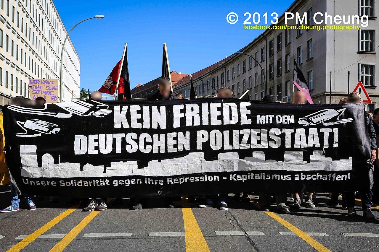 Freiheit statt Angst 2013 - 07.09.2013 - Berlin - IMN 9264.jpg