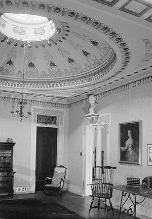 Gaineswood - The lantern dome, used to admit daylight into the interior, in the library.  A matching dome is in the dining room across the hall.