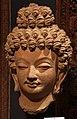 Gandhara, testa di buddha, VI secolo.jpg
