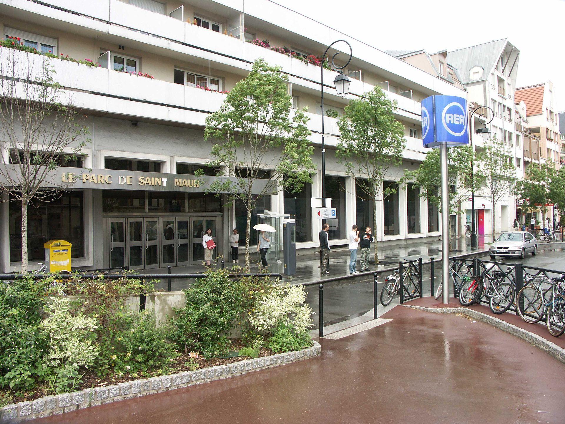 Le parc de saint maur paris rer wikipedia for Rer wikipedia