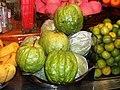 Gigantic Guavas - panoramio.jpg