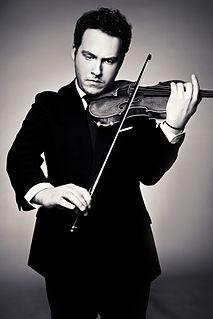 Giora Schmidt American musician