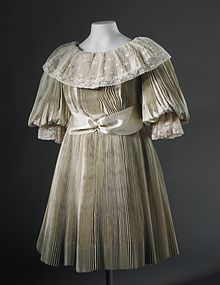Old Fashioned Dresses From Cinderella