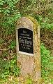 Gnewitz Waldfriedhof Grab Fritz Karin 01.jpg
