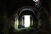 Gościszów Ruiny zamku ksiazecego pomieszczenia w przyziemiu 04.JPG