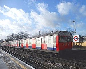 London Underground C69 and C77 Stock - Image: Goldhawk Road C Stock