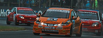 Gordon Shedden - Shedden's Civic leads two of the VX Racing Vauxhalls at the Croft round of the 2008 British Touring Car Championship season.