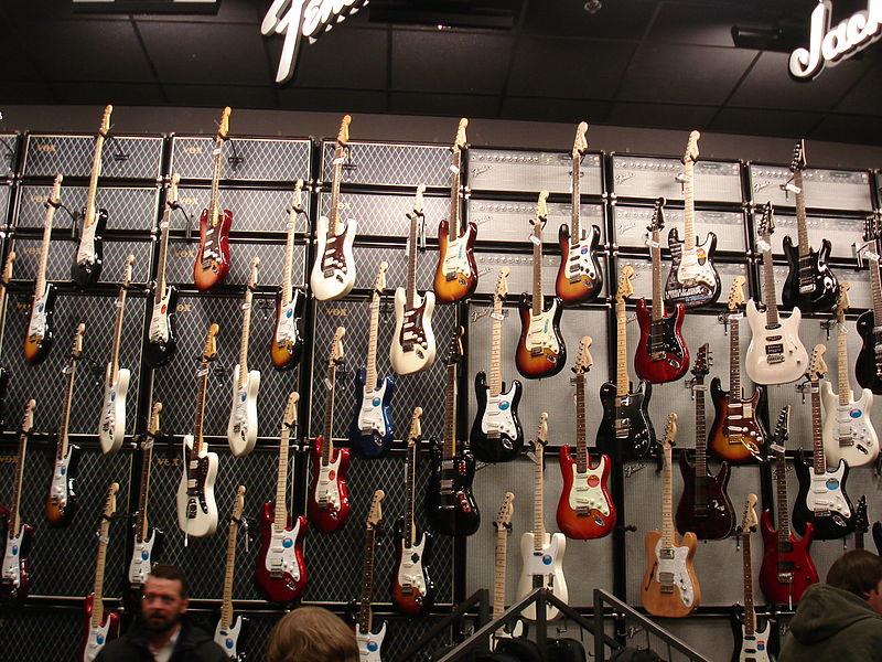 File:Guitar shopping - Guitar Center, Cedar Rapids, Iowa.jpg