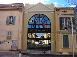 L'hôtel de ville de Saint-Zacharie.