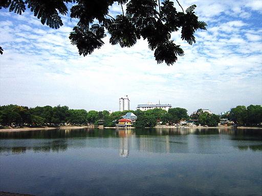 Hồ Thiền Quang (Hà Nội)