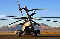 HDR - CH-53E Super Stallion at RAR09.jpg