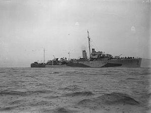 HMS Lowestoft (U59) - Image: HMS Lowestoft 1943 IWM FL 11988