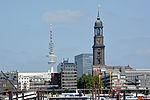 Hamburg Heinrich-Hertz-Turm - St.-Michaelis-Kirche 01.jpg