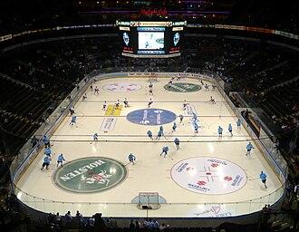 Barclaycard Arena (Hamburg) - Interior view during warm-up before a Hamburg Freezers game in 2008.