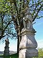 Heiligenkreuz Statuen.jpg