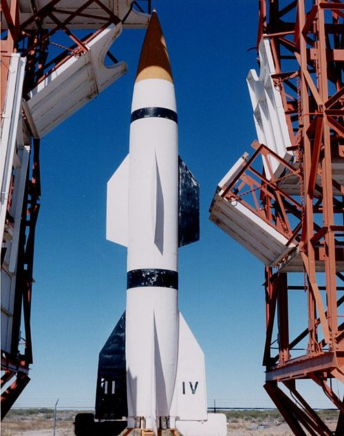 first rocket ship - 600×760