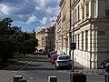 Heroldovy sady, ulice, od Estonské.jpg