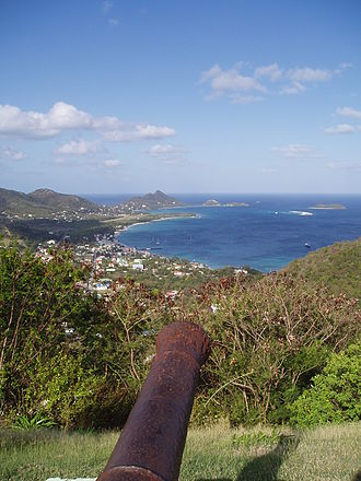 Carriacou - A view of Hillsborough, the capital of Carriacou