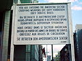 Historische Tafel am Checkpoint Charlie.jpg