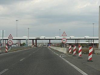 Rajka - Image: Hungary Rajka border crossing