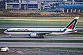 I-DEIC B767-33AER Team Alitalia YYZ 23AUG00 (6741776191).jpg