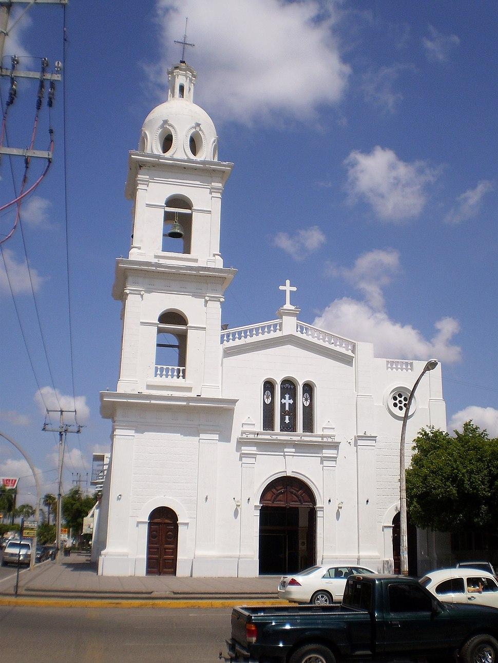 Iglesia del Sagrado Corazón Los Mochis