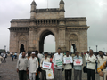 Indian farmers at Gateway of India.png