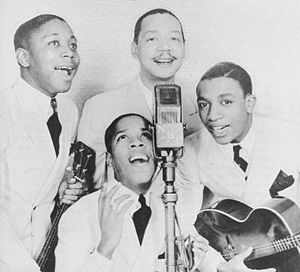 Bill Kenny (singer) - Bill Kenny with The Ink Spots